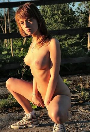 Teen Farm Porn Pictures